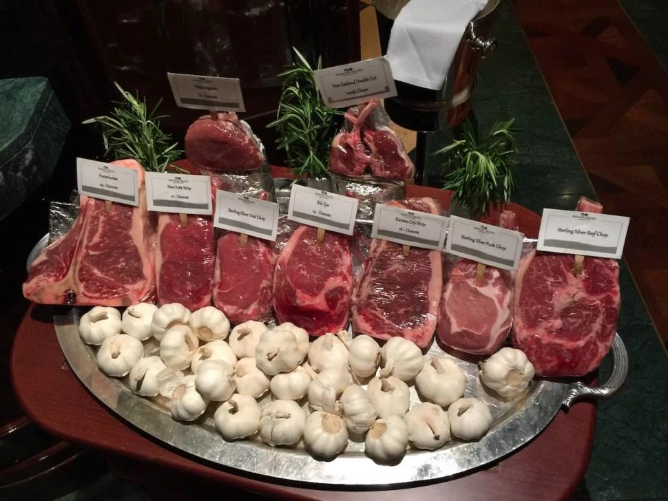 Carnes en el Crown Grill