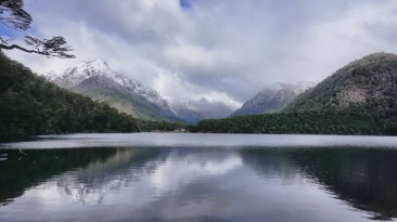 Lago de Los Cántaros
