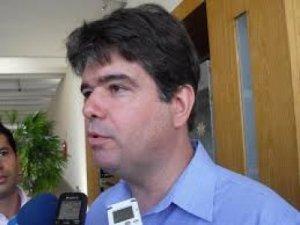 Ruy Carneiro defende fim do foro privilegiado para autoridades