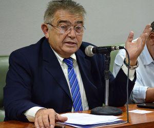 """Renato Gadelha rebate governador: """"Os atos falam mais do que palavras""""."""