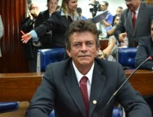 Zé Paulo espera definição do governador para se filiar ao PSB
