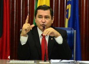 """Anísio Maia diz que está de saco cheio sobre disputa pela CCJ: """"Não estou a fim de briga"""""""