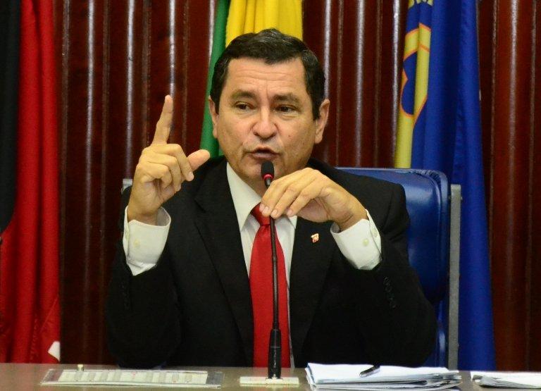 BASTIDORES: Anísio Maia deve substituir Luiz Couto na disputa por uma vaga na Câmara Federal