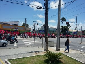MST Marcha pelas avenidas de JP em direção à sede do INCRA