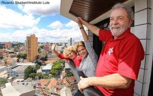 'Se me prenderem, viro herói; se me deixarem solto, viro presidente', diz Lula