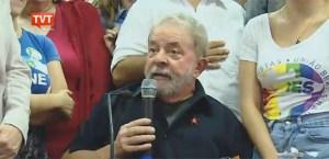 """Em coletiva, Lula diz que se sentiu um prisioneiro e critica Sérgio Moro: """"Quer justificar prêmios da Globo"""""""