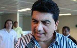 Manoel Júnior conversa com PRB e pode selar aliança com partido