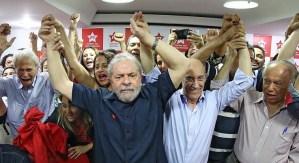 Sérgio Moro intima Lula para depor um dia após manifestações