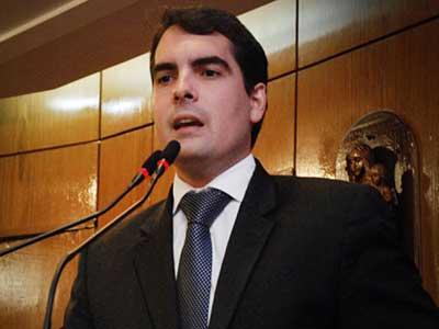 Lucas de Brito anuncia desfiliação do DEM para ingressar no PSL; vereador pode disputar Prefeitura de JP