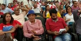 """Partidos de esquerda realizam marcha em favor da """"democracia"""" em JP e sentenciam: """"Se for preciso, vamos parar o país"""""""