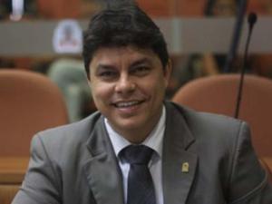 Raoni aguarda convocação da AL para assumir mandato e diz que já tem substituto para representá-lo na CMJP