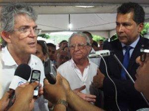 Ricardo assina ordem de serviço para rodovia no Conde e via Litorânea em Jacumã