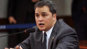 Efraim diz que anulação do impeachment é uma decisão desequilibrada e revela o último suspiro do PT