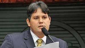 Dinaldo acredita que decisão de Teori terá desdobramentos na Paraíba