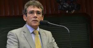 """Socialista diz que RC vai para o embate com Cássio em CG: """"Vamos desmistificá-lo"""""""