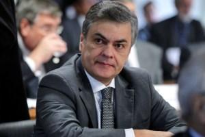 Delator revela como Cássio recebeu dinheiro do caixa dois para campanha em 2014