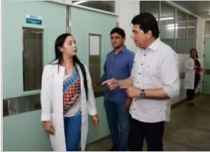 Prefeito interino visita UPA do Valentina e verifica atendimento à população