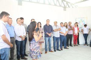 Prefeito entrega escola no Costa e Silva e garante transformação da cidade através da educação