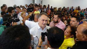"""Prefeito descarta mudança na liderança da bancada: """"Não está na pauta"""""""
