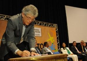 STJ mantém bloqueio de R$ 5 mi e multa Estado por manobras protelatórias