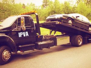 Governador veta projeto que proíbe apreensão de carro por IPVA atrasado