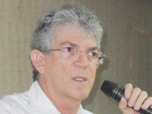 RC critica Temer por aumento de combustíveis e diz que estados terão perdas