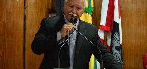 Benilton diz que terceirização na educação vai gerar demissões na Paraíba