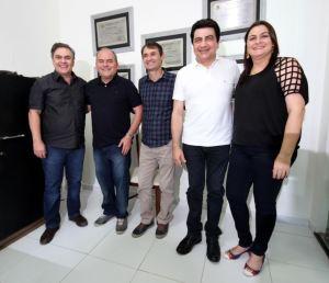 Ao lado de Manoel Júnior e Cássio, Romero prestigia convenção do PMDB em Cuité
