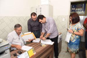 Projeto orçamentário da Prefeitura de Santa Rita é entregue ao Legislativo
