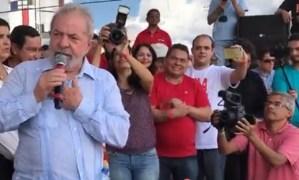 """Em CG, Lula convoca população para as ruas para """"salvar o Brasil"""""""