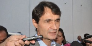 Oficial: Romero Rodrigues anuncia que fica na Prefeitura de Campina Grande