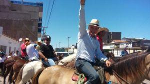 Galego Souza participa da 3ª Cavalgada de São Bernardo, em São Bento