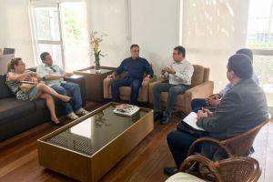Cartaxo fortalece campus da UEPB em JP e firma parceria para formar gestores públicos