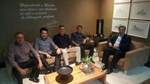 Cássio, Cartaxo, Romero e Manoel Jr chegam juntos na festa de Maranhão