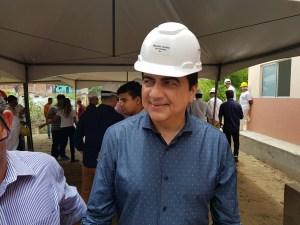 """""""O governador deve arrumar um guindaste para içar o candidato dele"""", diz Manoel Jr"""