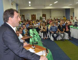 Gervásio Maia participa de solenidade na Câmara de Cajazeiras