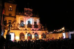 Público lota Adro de Igreja e prefeito destaca sucesso do Festival de Música Clássica