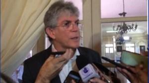 VÍDEO: RC nega motivação política em convite para reunião com Cartaxo e Ferreira Costa