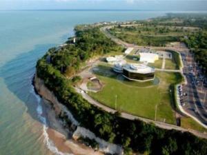 Cartaxo assina ordem de serviço para início da drenagem da Barreira do Cabo Branco