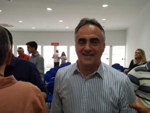 """Foco na gestão: Cartaxo diz que oposição perdeu """"timing"""" sobre definição de candidatura"""