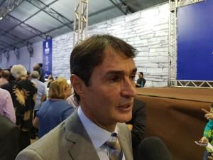 """Romero Rodrigues não descarta esposa em chapa com Cartaxo: """"A gente tem que conversar"""""""