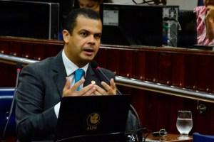 Conforme antecipado pelo Blog, Jutay Meneses confirma articulação para atrair deputado ao PRB