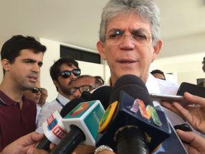 Ricardo evita comentar decisão de Luciano, mas diz que está aberto ao diálogo com o prefeito