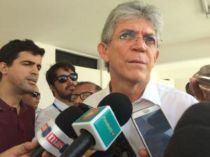 Governador anuncia concurso com mil vagas para PM e garante contratação imediata de 500 aprovados