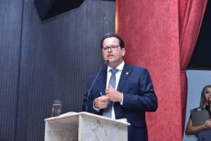 Durante solenidade, Presidente do TCE destaca coragem de Marcos Vinícius na criação do Orçamento Impositivo na CMJP