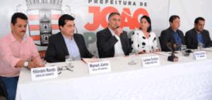 Supense: Após apelo da oposição, Cartaxo reúne todo secretariado na Estação Cabo Branco
