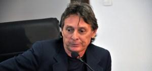 BASTIDORES: Roberto Santiago contrata advogado especialista em delação premiada com atuação na Lava Jato