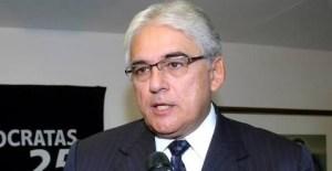 """Efraim Morais manda recado para PT: """"Não pode participar da chapa quem não tem voto"""""""