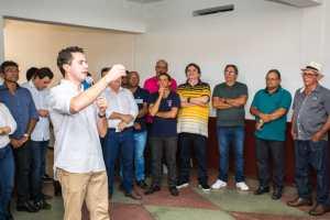 No Sertão, Veneziano recebe o apoio de prefeita e lideranças de São Bentinho