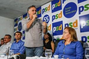 Cartaxo prestigia posse de Eva no comando do PSD e destaca união dos partidos da oposição